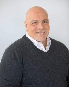 headshot of dr. vincent Carlesi