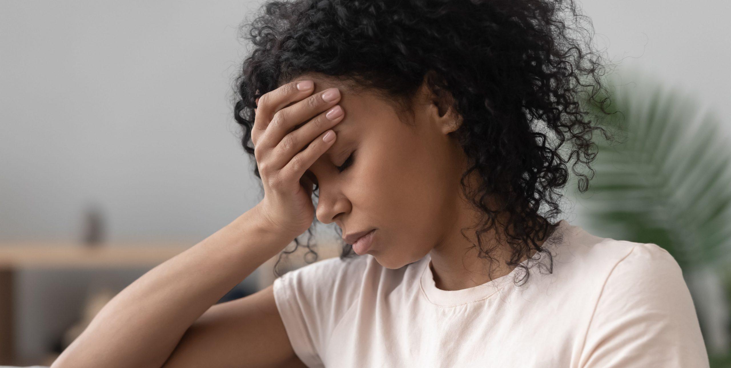woman with hemicranial headaches