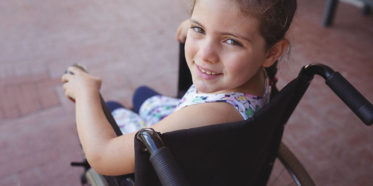 young girl with Neuromuscular Scoliosis